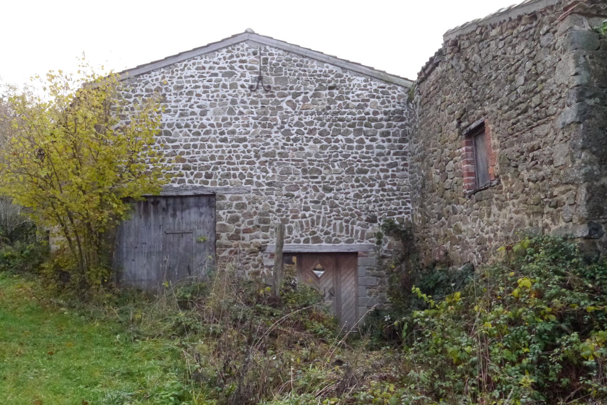 Vente Ferme Saint-Étienne-sur-Usson (63580)